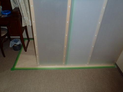04 開放廊下側室内仮間仕切り02