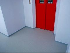 共用廊下長尺塩ビシート貼りの工程6