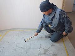 RC避難階段塩ビシート貼りの工程2