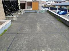 ウレタン塗膜防水工法 施工の状況1