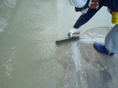 ウレタン塗膜防水工法 施工の状況9