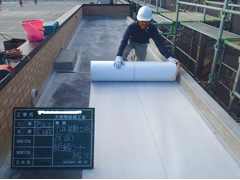 塩ビシート防水 機械固定式工法 施工の状況4