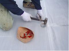 塩ビシート防水 機械固定式工法 施工の状況5